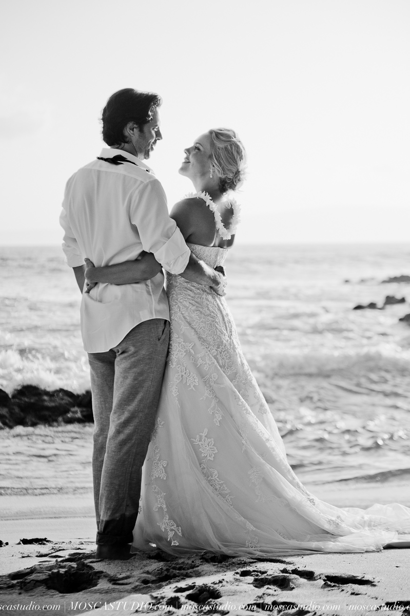 00473-MoscaStudio-AprilRyan-Maui-Hawaii-Wedding-Photography-20151009-SOCIALMEDIA.jpg