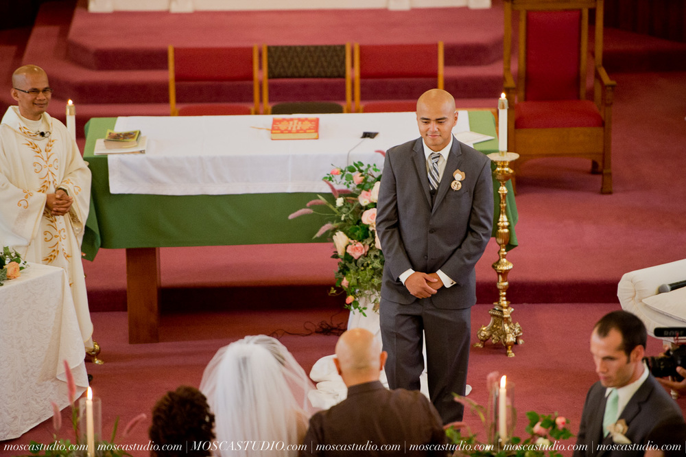 0567-MoscaStudio-Mt-Hood-Bed-and-Breakfast-Wedding-Photography-20150718-SOCIALMEDIA.jpg