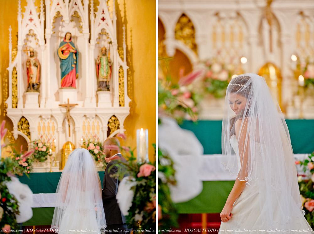0588-MoscaStudio-Mt-Hood-Bed-and-Breakfast-Wedding-Photography-20150718-SOCIALMEDIA.jpg