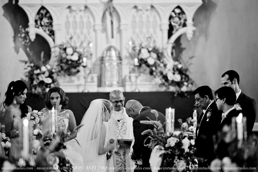 0589-MoscaStudio-Mt-Hood-Bed-and-Breakfast-Wedding-Photography-20150718-SOCIALMEDIA.jpg