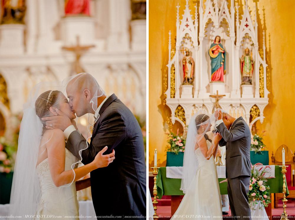 0590-MoscaStudio-Mt-Hood-Bed-and-Breakfast-Wedding-Photography-20150718-SOCIALMEDIA.jpg