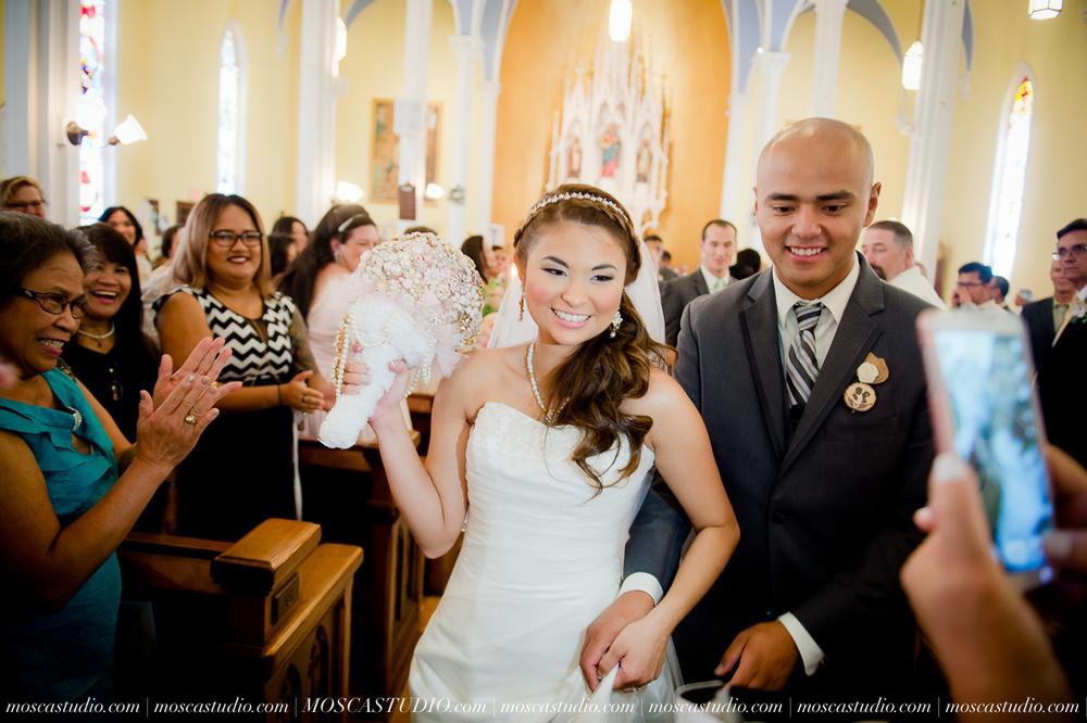 0792-MoscaStudio-Mt-Hood-Bed-and-Breakfast-Wedding-20150718-SOCIALMEDIA.jpg
