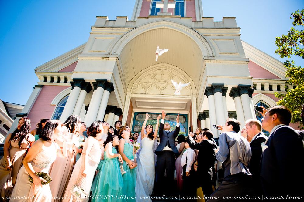 0835-MoscaStudio-Mt-Hood-Bed-and-Breakfast-Wedding-20150718-SOCIALMEDIA.jpg