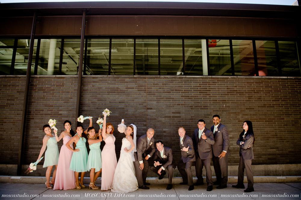 1130-MoscaStudio-Mt-Hood-Bed-and-Breakfast-Wedding-Photography-20150718-SOCIALMEDIA.jpg