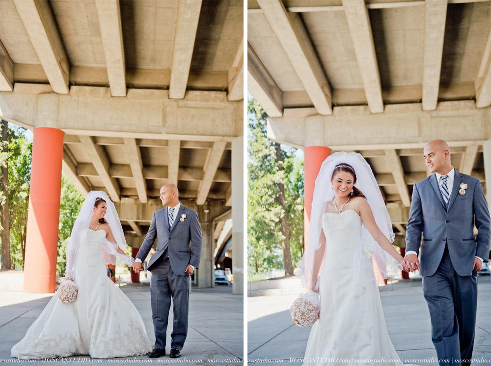 1165-MoscaStudio-Mt-Hood-Bed-and-Breakfast-Wedding-Photography-20150718-SOCIALMEDIA.jpg