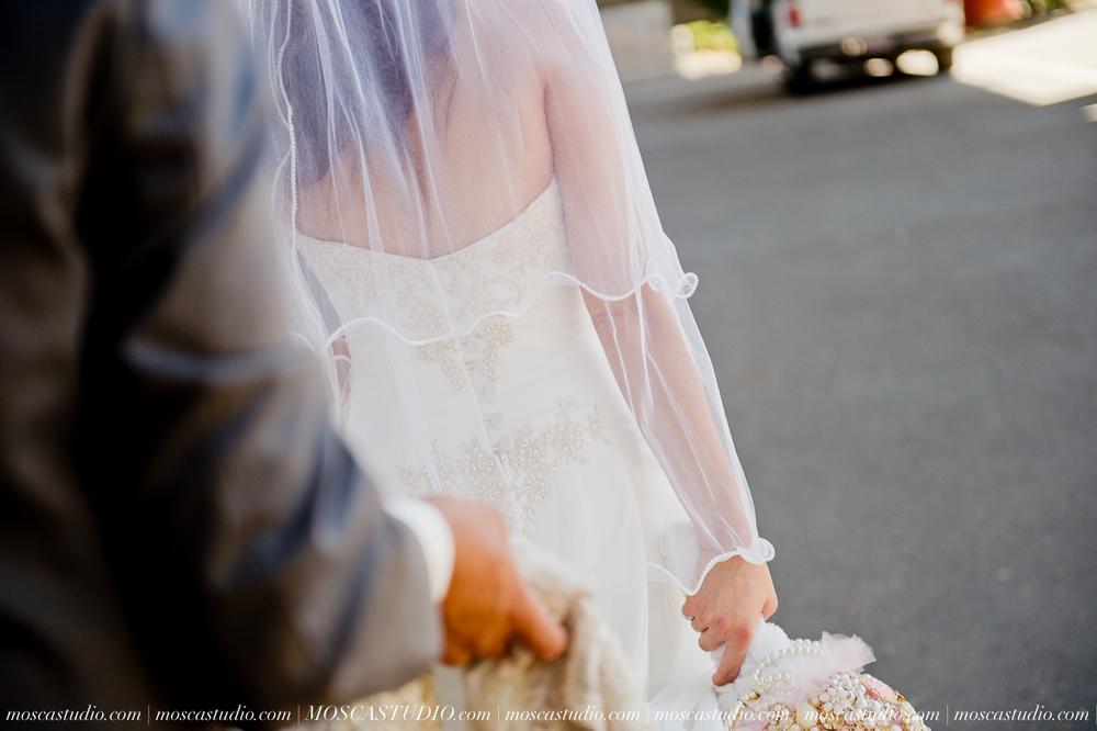 1183-MoscaStudio-Mt-Hood-Bed-and-Breakfast-Wedding-Photography-20150718-SOCIALMEDIA.jpg