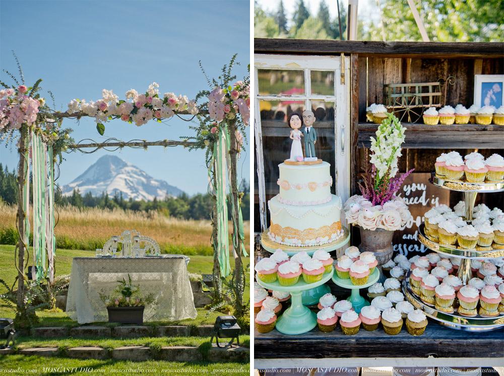 1237-MoscaStudio-Mt-Hood-Bed-and-Breakfast-Wedding-Photography-20150718-SOCIALMEDIA.jpg