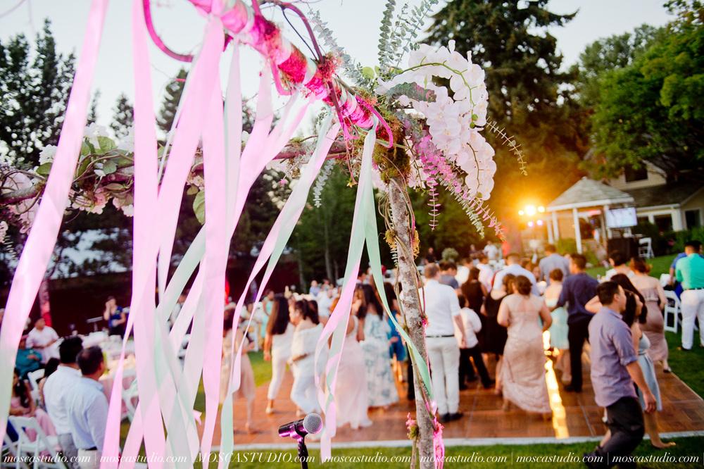 2011-MoscaStudio-Mt-Hood-Bed-and-Breakfast-Wedding-Photography-20150718-SOCIALMEDIA.jpg