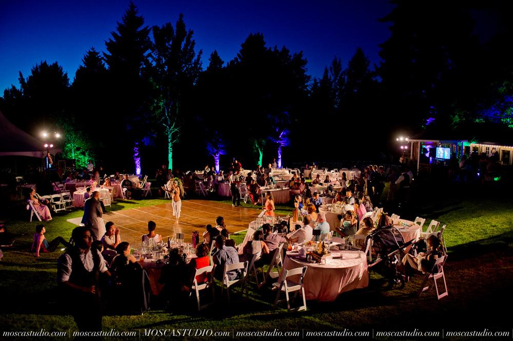 2138-MoscaStudio-Mt-Hood-Bed-and-Breakfast-Wedding-Photography-20150718-SOCIALMEDIA.jpg
