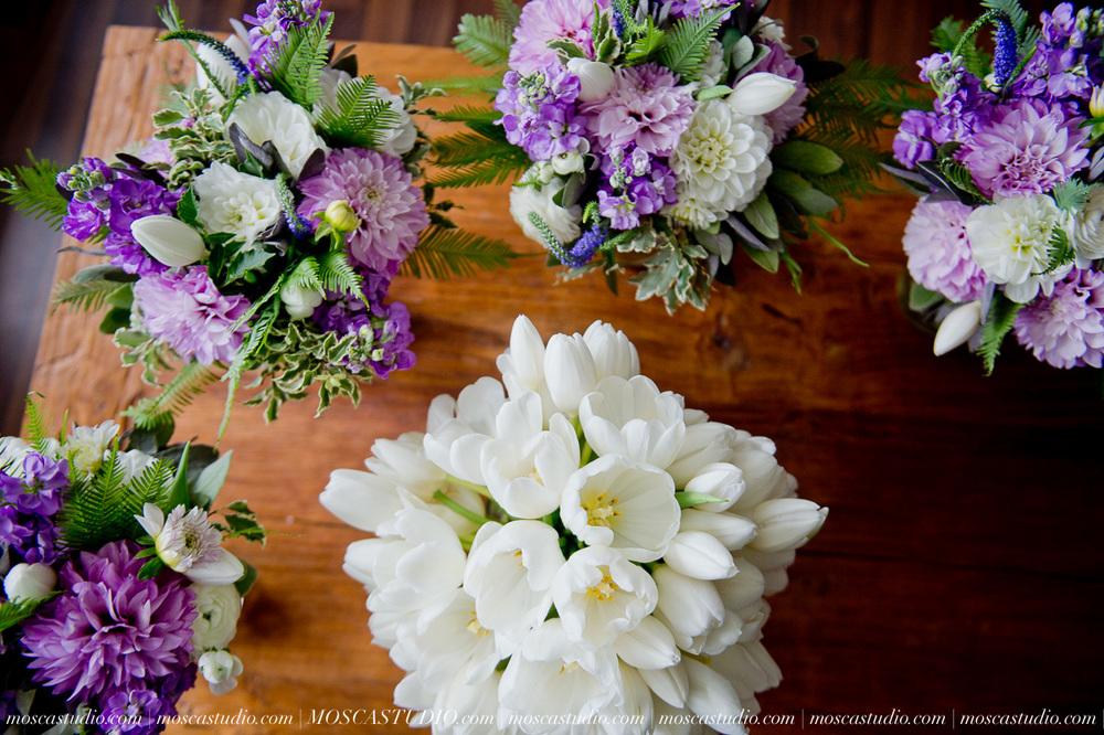 6185-MoscaStudio-Gorge-Crest-Vineyard-Wedding-Photography-20150801-SOCIALMEDIA.jpg