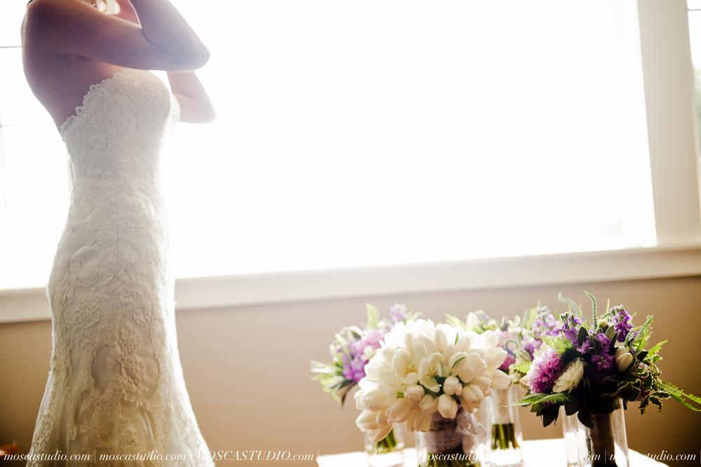6209-MoscaStudio-Gorge-Crest-Vineyard-Wedding-Photography-20150801-SOCIALMEDIA.jpg