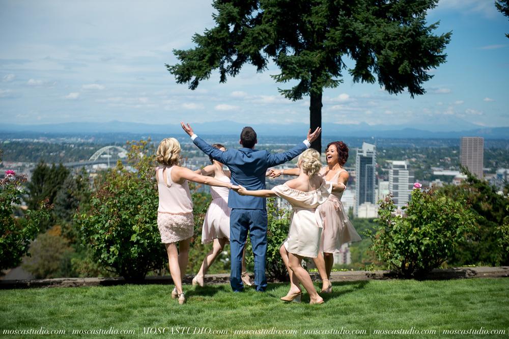 0014-MoscaStudio-Portland-Wedding-Photography-20150808-SOCIALMEDIA.jpg