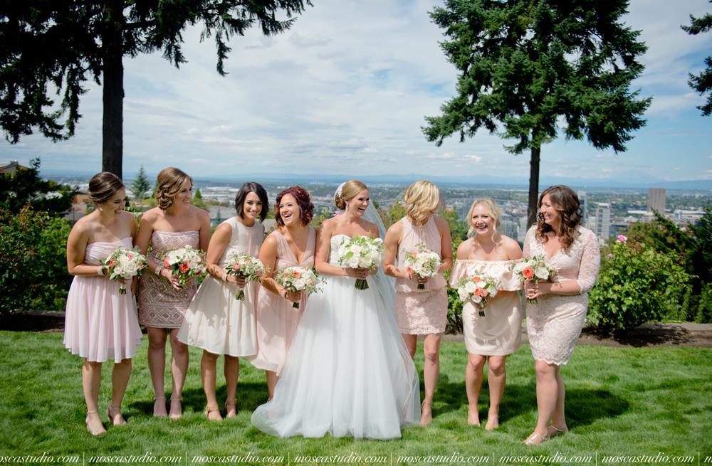 0032-MoscaStudio-Portland-Wedding-Photography-20150808-SOCIALMEDIA.jpg