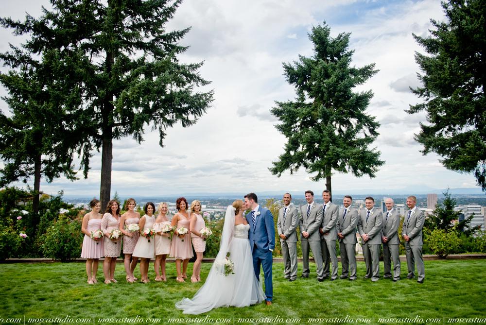 0035-MoscaStudio-Portland-Wedding-Photography-20150808-SOCIALMEDIA.jpg