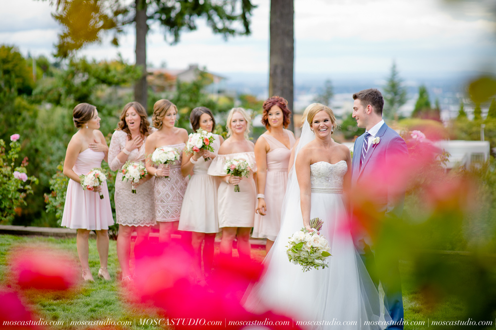 0036-MoscaStudio-Portland-Wedding-Photography-20150808-SOCIALMEDIA.jpg