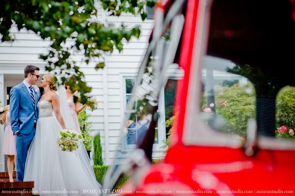 0040-MoscaStudio-Portland-Wedding-Photography-20150808-SOCIALMEDIA.jpg