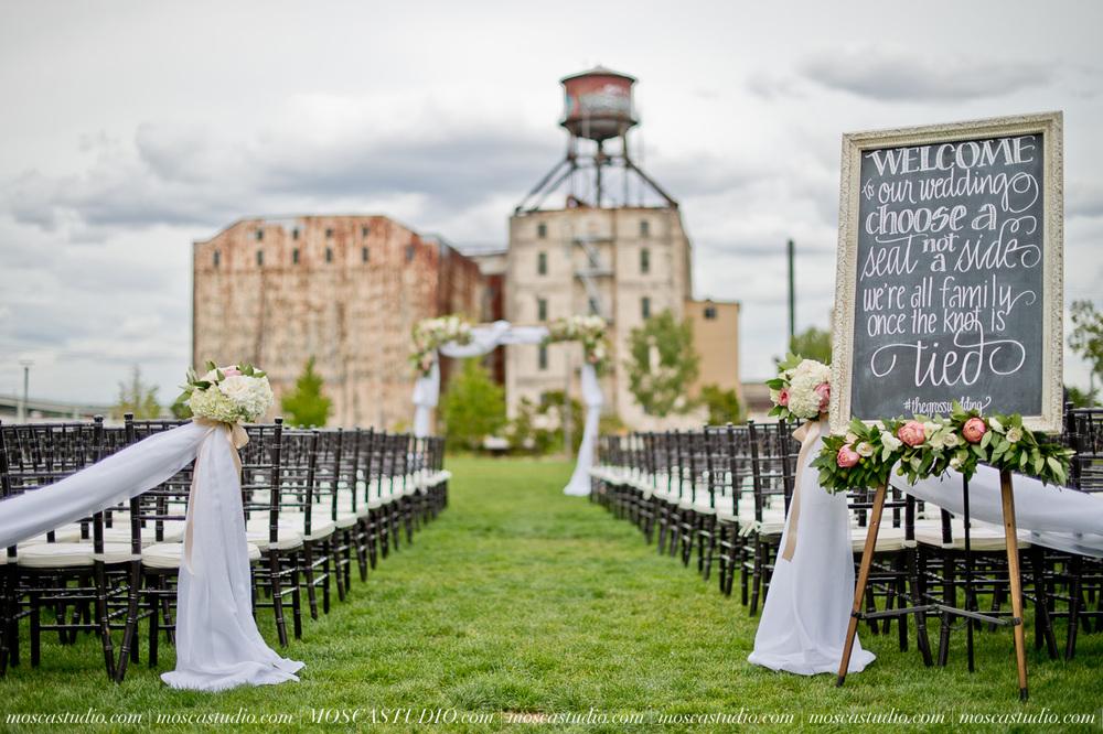 0045-MoscaStudio-Portland-Wedding-Photography-20150808-SOCIALMEDIA.jpg