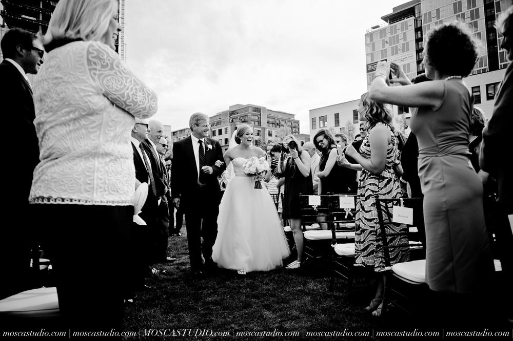 0067-MoscaStudio-Portland-Wedding-Photography-20150808-SOCIALMEDIA.jpg