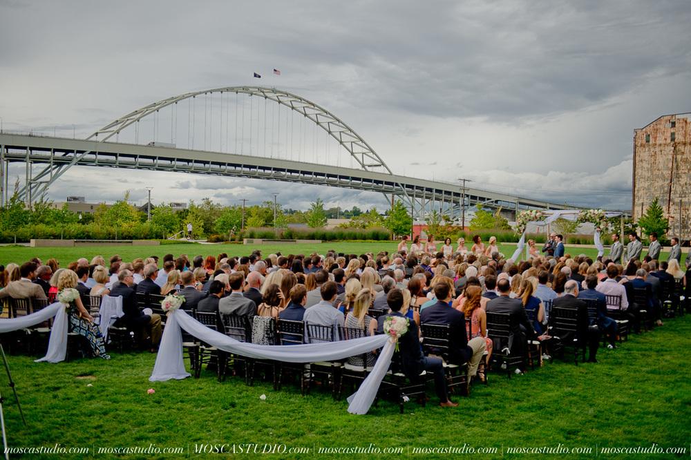 0082-MoscaStudio-Portland-Wedding-Photography-20150808-SOCIALMEDIA.jpg