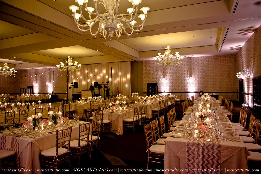 0110-MoscaStudio-Portland-Wedding-Photography-20150808-SOCIALMEDIA.jpg