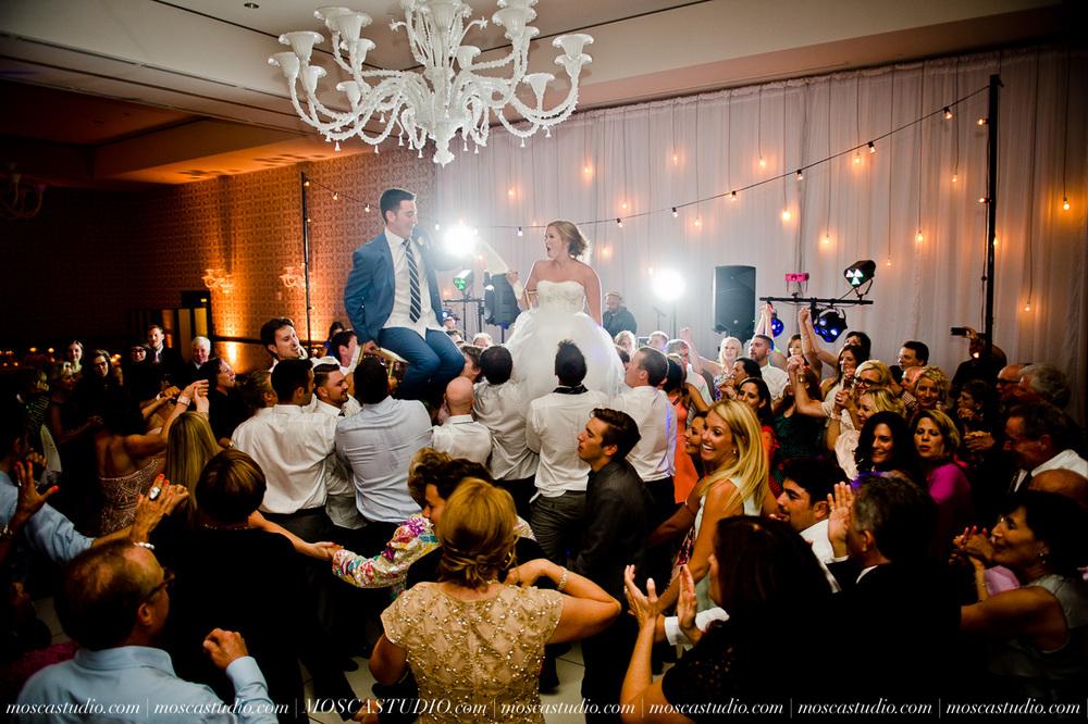 0174-MoscaStudio-Portland-Wedding-Photography-20150808-SOCIALMEDIA.jpg