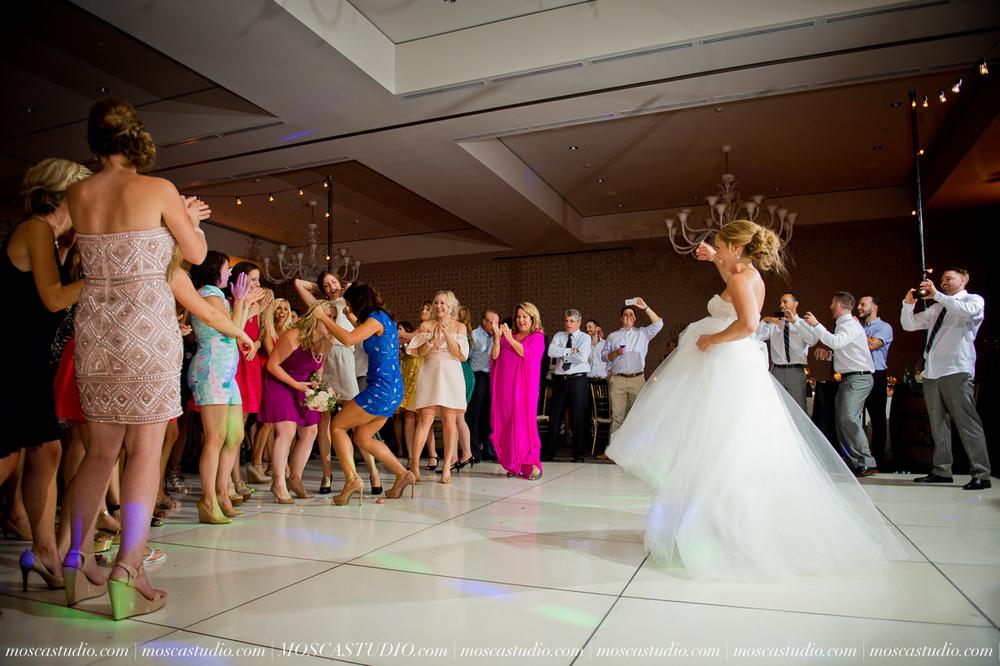 0179-MoscaStudio-Portland-Wedding-Photography-20150808-SOCIALMEDIA.jpg
