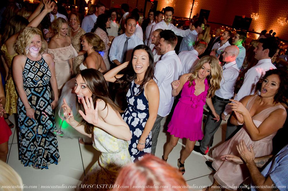 0182-MoscaStudio-Portland-Wedding-Photography-20150808-SOCIALMEDIA.jpg