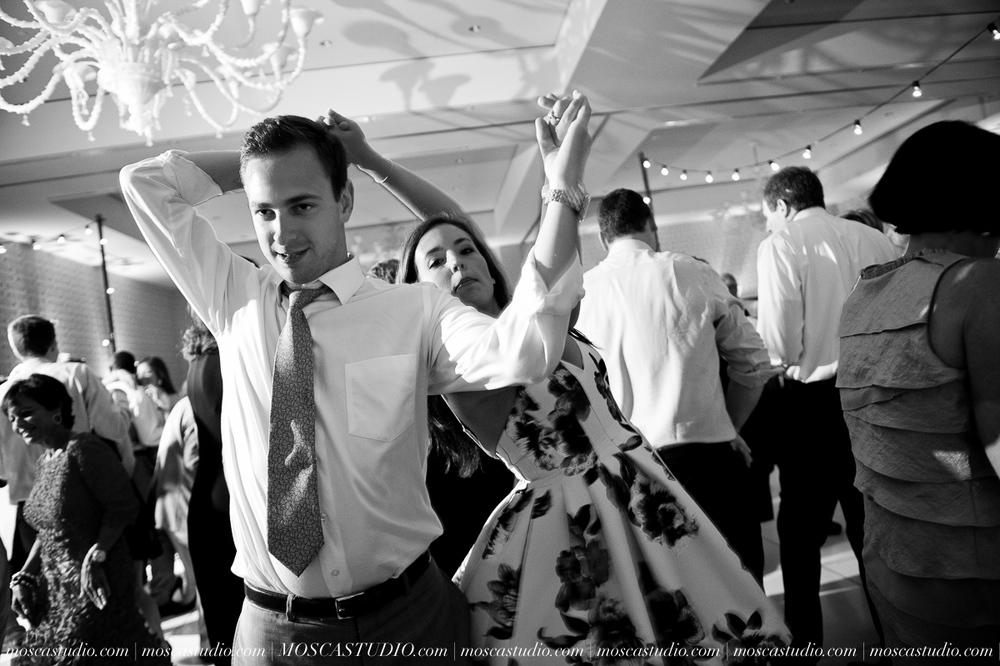0184-MoscaStudio-Portland-Wedding-Photography-20150808-SOCIALMEDIA.jpg