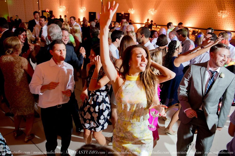 0185-MoscaStudio-Portland-Wedding-Photography-20150808-SOCIALMEDIA.jpg