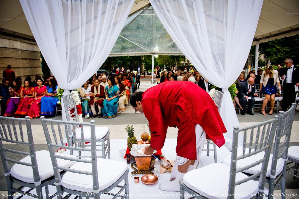 0129-moscastudio-sararayan-portland-art-museum-hindu-persian-wedding-20151017-WEB.jpg