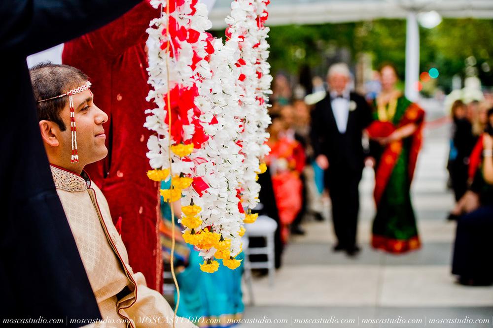 0151-moscastudio-sararayan-portland-art-museum-hindu-persian-wedding-20151017-WEB.jpg
