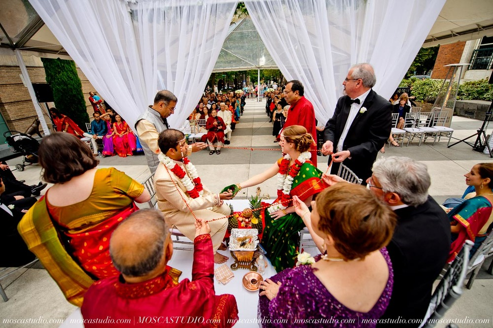 0171-moscastudio-sararayan-portland-art-museum-hindu-persian-wedding-20151017-WEB.jpg