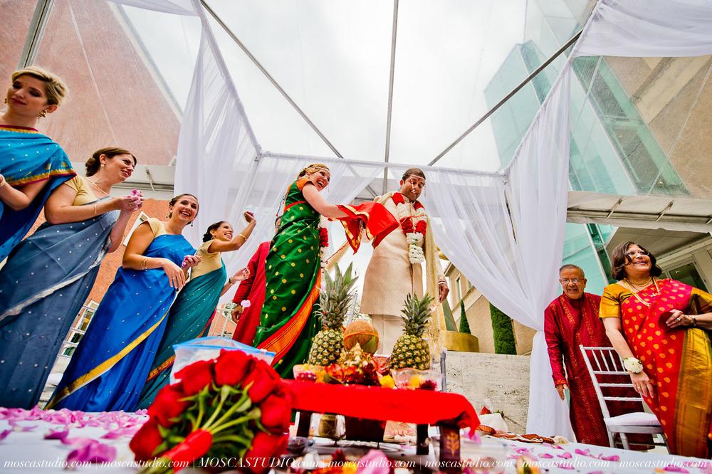 0179-moscastudio-sararayan-portland-art-museum-hindu-persian-wedding-20151017-WEB.jpg