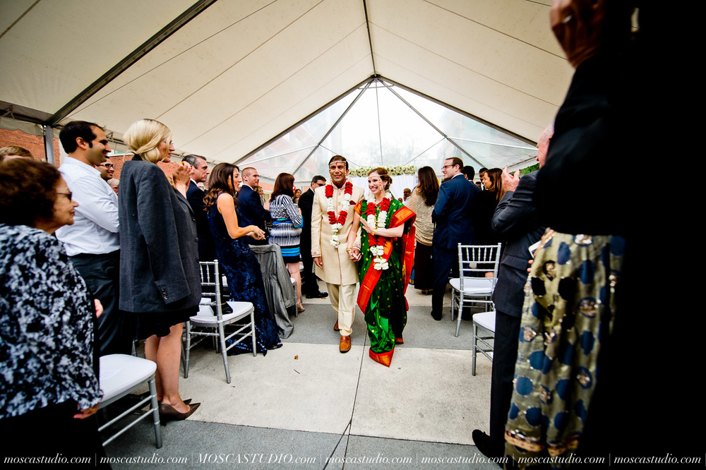 0184-moscastudio-sararayan-portland-art-museum-hindu-persian-wedding-20151017-WEB.jpg