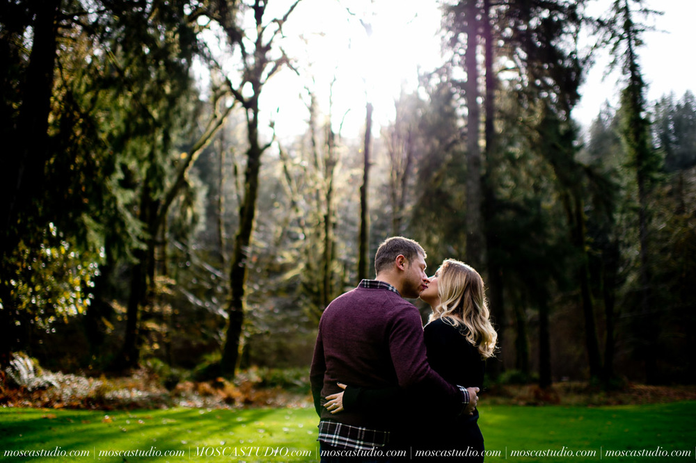 00092-MoscaStudio-Oregon-Coast-Engagement-Session-20160625-SOCIALMEDIA.jpg