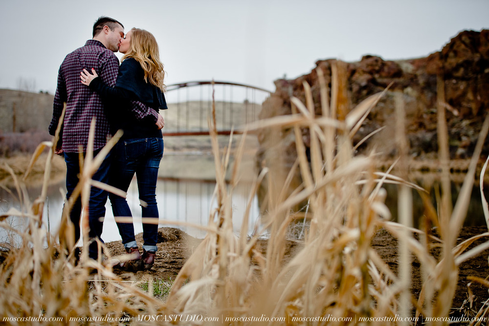 3950-moscastudio-eastern-oregon-engagement-session-20160917-SOCIALMEDIA.jpg