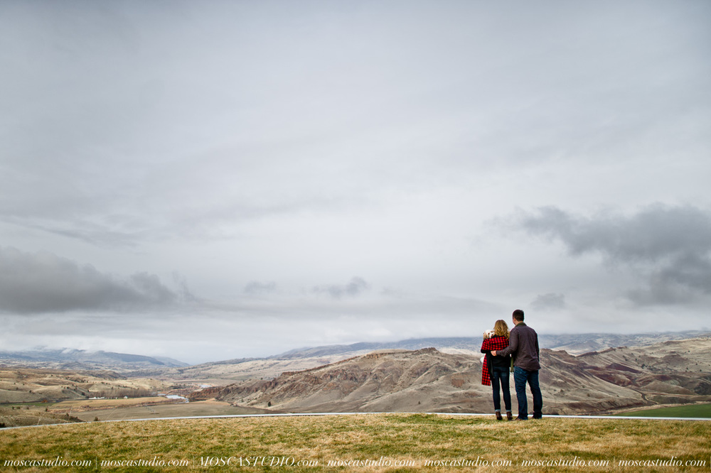 8265-moscastudio-eastern-oregon-engagement-session-20160917-SOCIALMEDIA.jpg