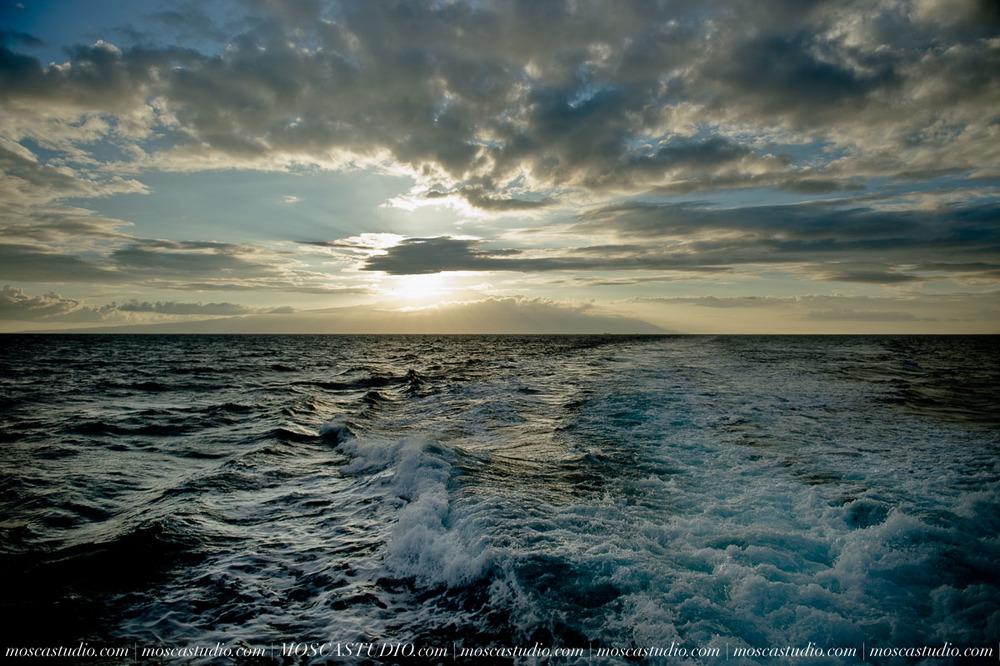 2572-MoscaStudio-travel-photography-Maui-hawaii-travel-molokai-travel-20151014-SOCIALMEDIA.jpg