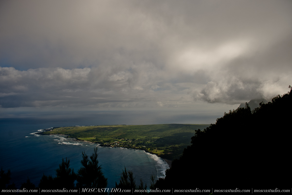 2634-MoscaStudio-travel-photography-Maui-hawaii-travel-molokai-travel-20151014-SOCIALMEDIA.jpg