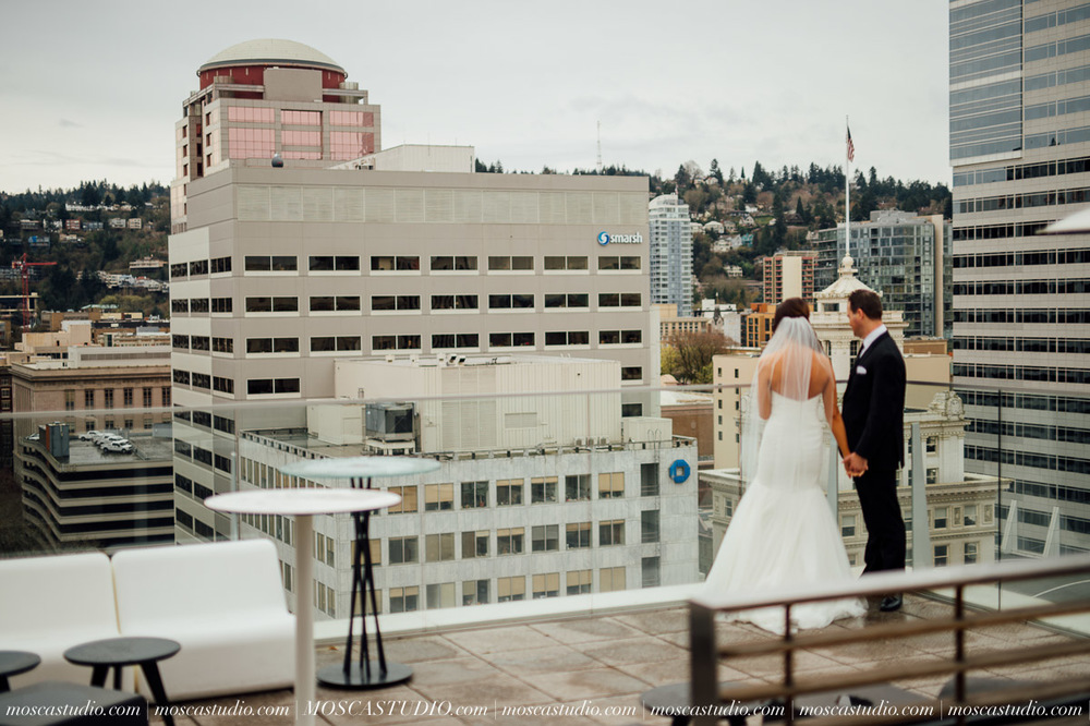 00547-MoscaStudio-Brandy-Mark-Portland-Wedding-Photography-20160305-SOCIALMEDIA.jpg