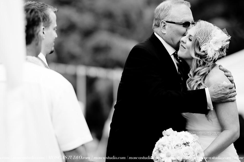 000814-6880-moscastudio-loulu-palms-estate-oahu-hawaii-wedding-photography-20150328-WEB.jpg