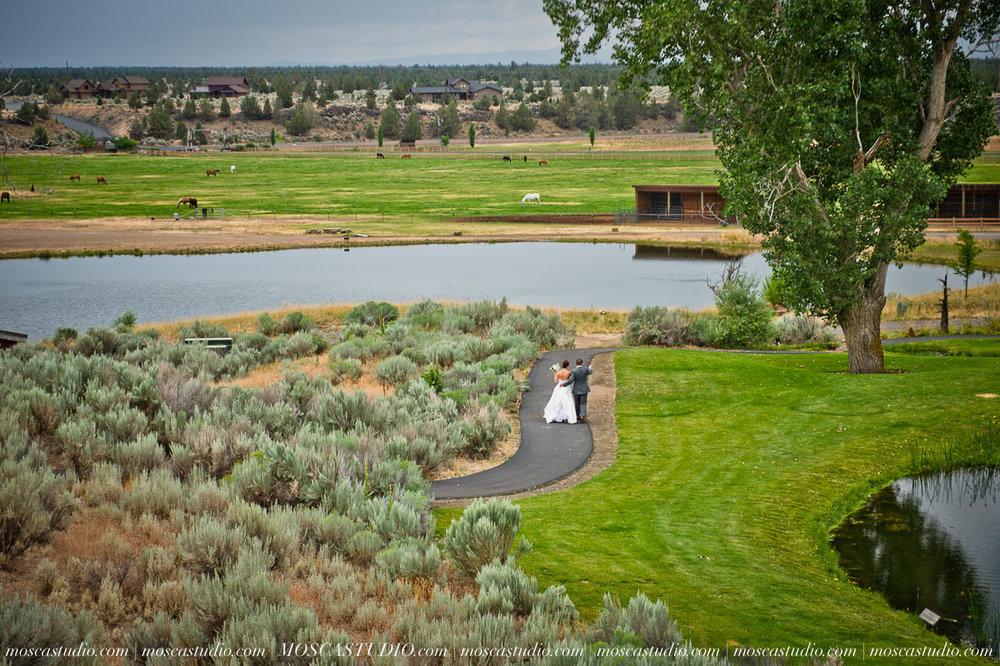 0007-MoscaStudio-Brasada-Ranch-Bend-wedding-photography-20150711-WEB.jpg