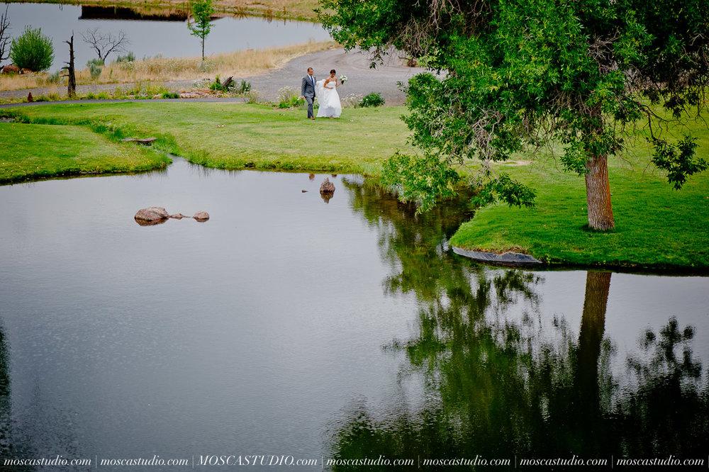 0009-MoscaStudio-Brasada-Ranch-Bend-wedding-photography-20150711-WEB.jpg