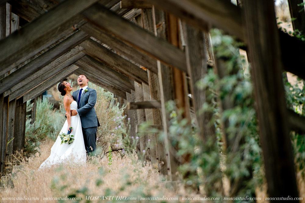 0011-MoscaStudio-Brasada-Ranch-Bend-wedding-photography-20150711-WEB.jpg
