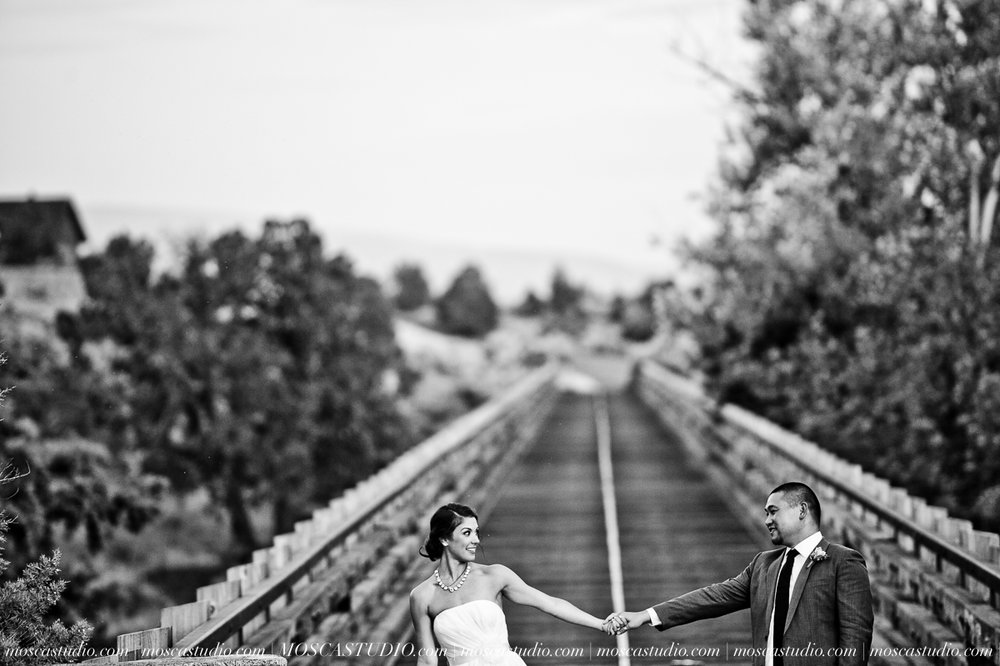 0078-MoscaStudio-Brasada-Ranch-Bend-wedding-photography-20150711-WEB.jpg