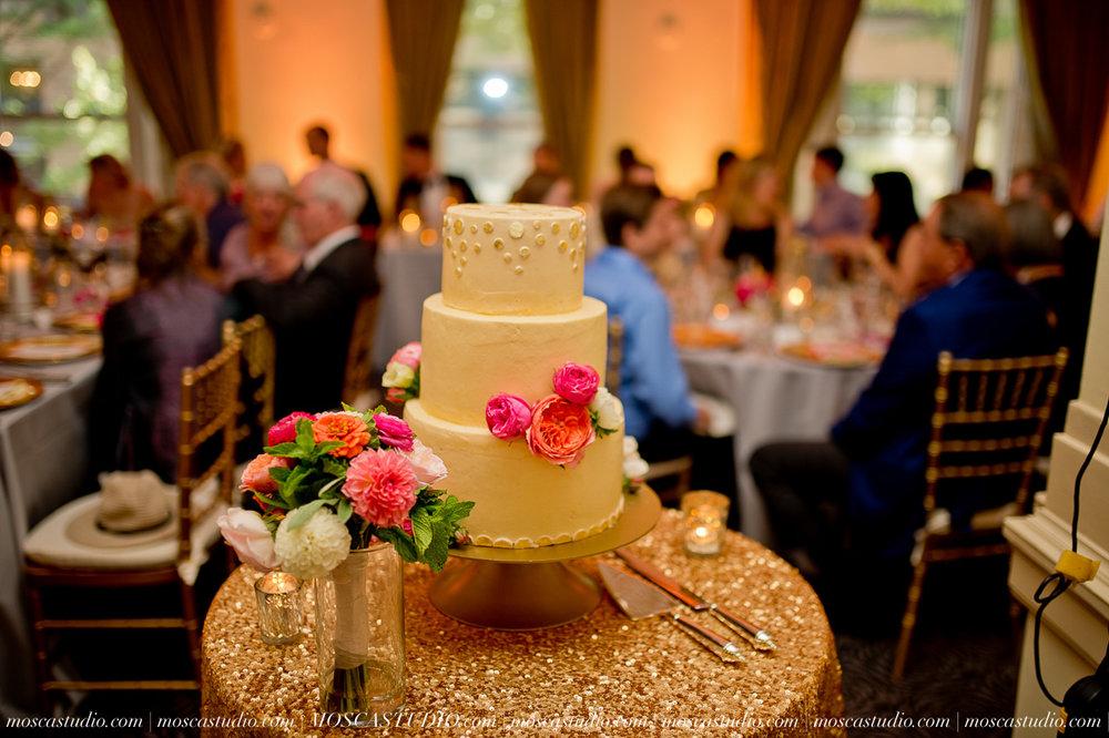01424-MoscaStudio-Claire-Thomas-Portland-Wedding-20160730-SOCIALMEDIA.jpg