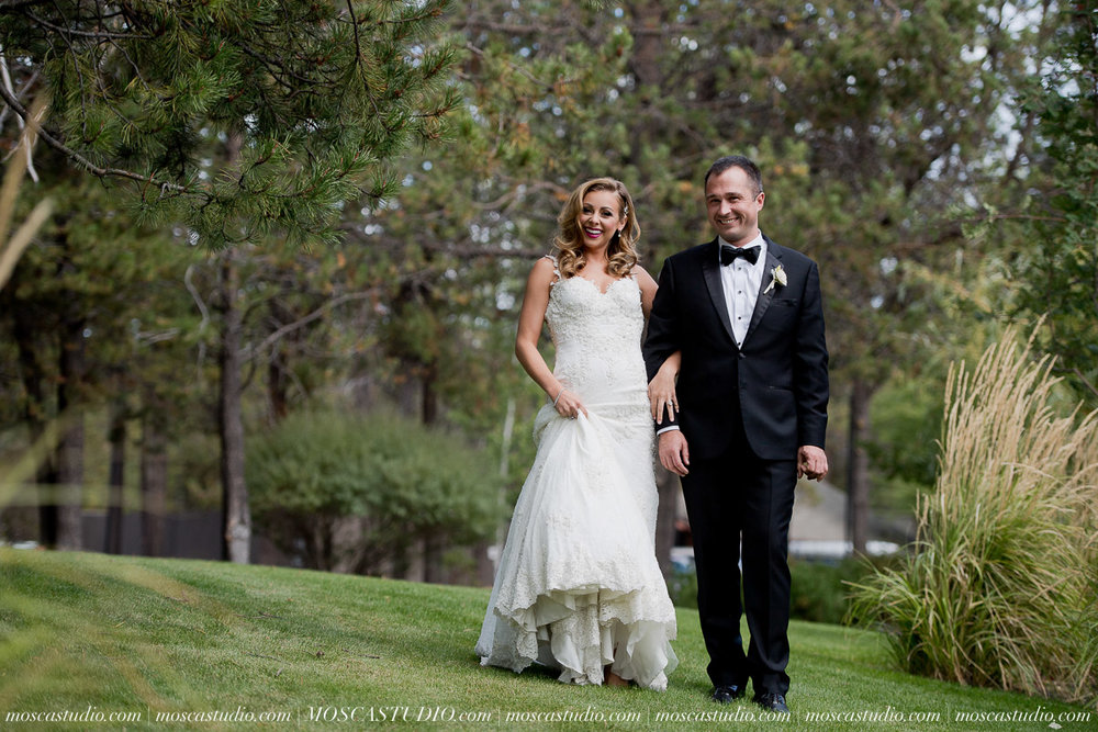 00726-moscastudio-kellyryan-sunriver-resort-wedding-20160917-SOCIALMEDIA.jpg