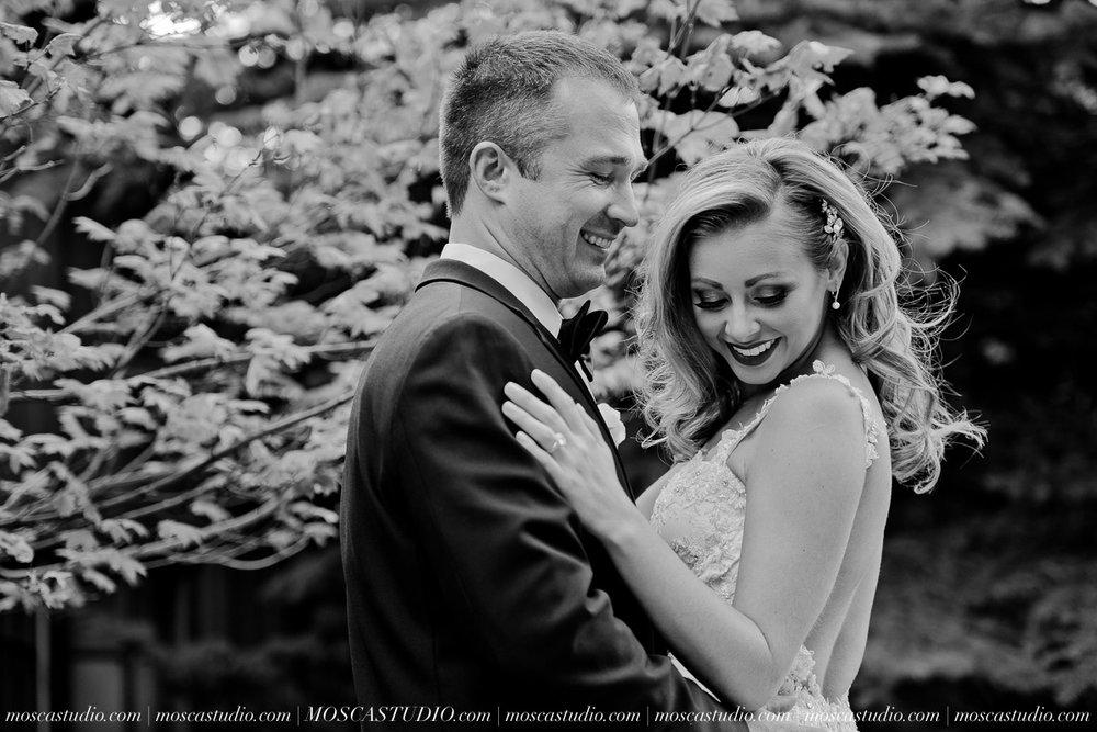00750-moscastudio-kellyryan-sunriver-resort-wedding-20160917-SOCIALMEDIA.jpg