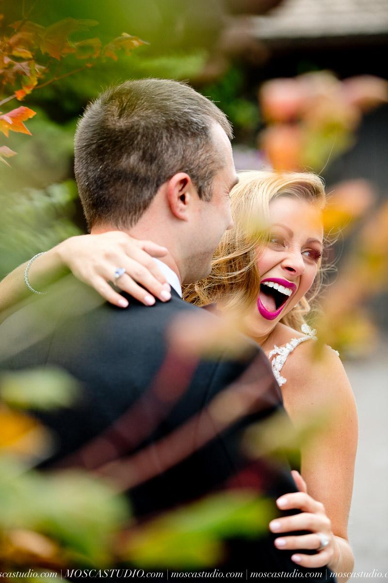 00763-moscastudio-kellyryan-sunriver-resort-wedding-20160917-SOCIALMEDIA.jpg