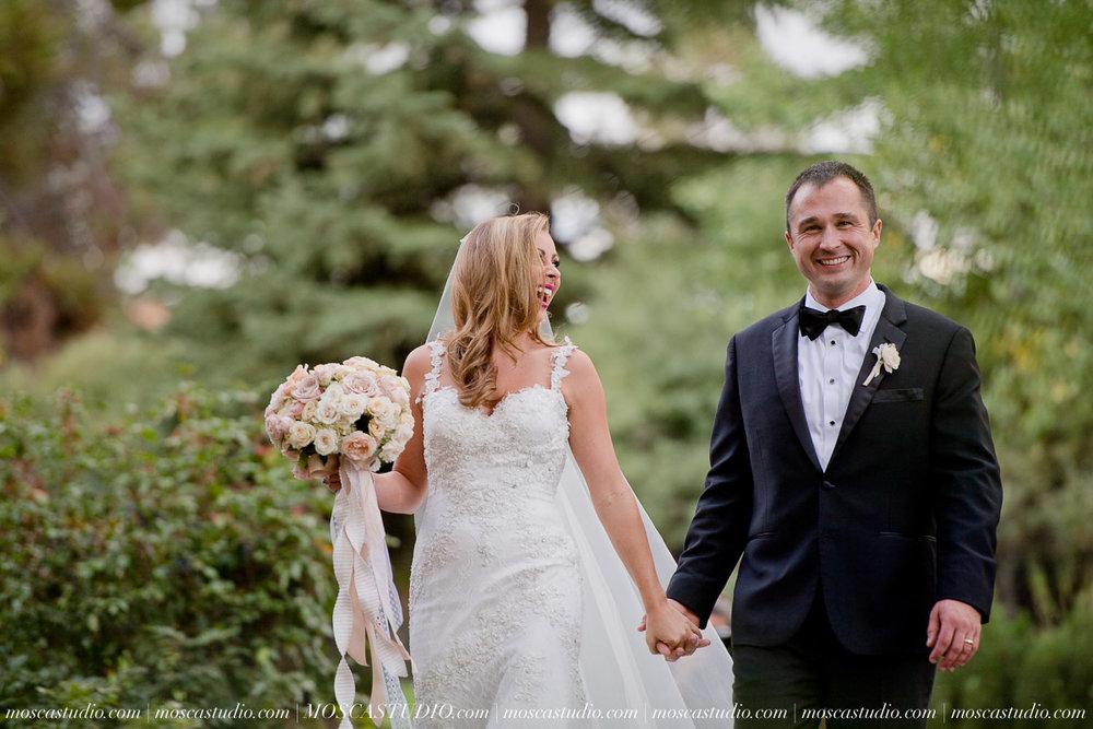 01566-moscastudio-kellyryan-sunriver-resort-wedding-20160917-SOCIALMEDIA.jpg